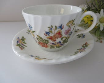 Aynsley vintage 1980's teacup and saucer, Cottage Garden, Floral teacup, Aynsley china. Aynsley teacup