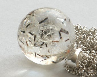 ON SALE -30%OFF- Hieracium- Clear Resin and Silver Necklace