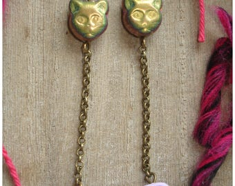 Cats and balls of wool - polymer clay and Czech glass beads