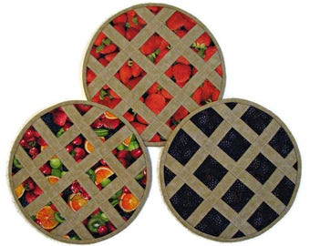 Fruit Pie Hot Pad,  Quilted Casserole Trivet, Heat Resistant Pot Holder, Fabric Hot Pad, Strawberry Blackberry Mixed Fruit, Quiltsy Handmade