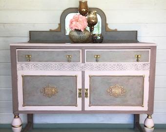 Vintage dresser/ sideboard