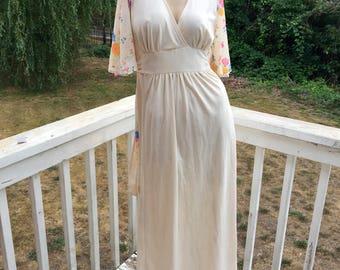 60s 70s Goddess Hippie Bohemian Wedding Angel Sleeves Empire Waist Gown Caftan Dress