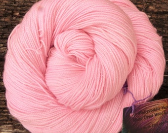 MERINO SOCK SILVER wool 4 ply fingering, 100 gms, 400 mts, Superwash, Mollycoddle Yarns, Hand dyed