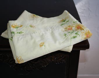 Orange Yellow Floral Flowers Vintage Pillowcases Pillow Cases 1970s 70s Sheets