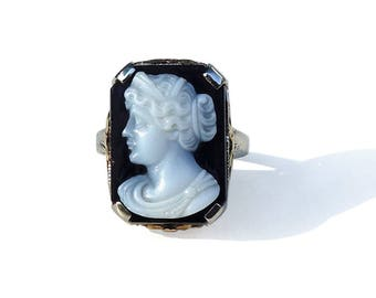 Art Deco Ring Cameo 10K White Gold Black and White Agate Cameo Size 5