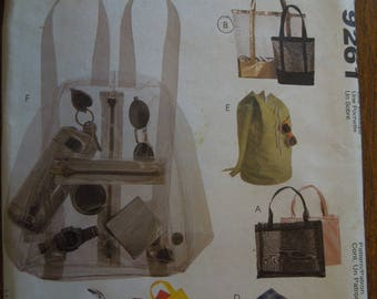 McCalls 9261, tote bags and backpacks, misses, womens, UNCUT sewing pattern, craft supplies