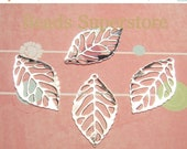 SALE 24 mm x 13 mm Silver-Plated Leaf Charm / Pendant - Lead Free and Cadmium Free - 15 pcs (CH160)