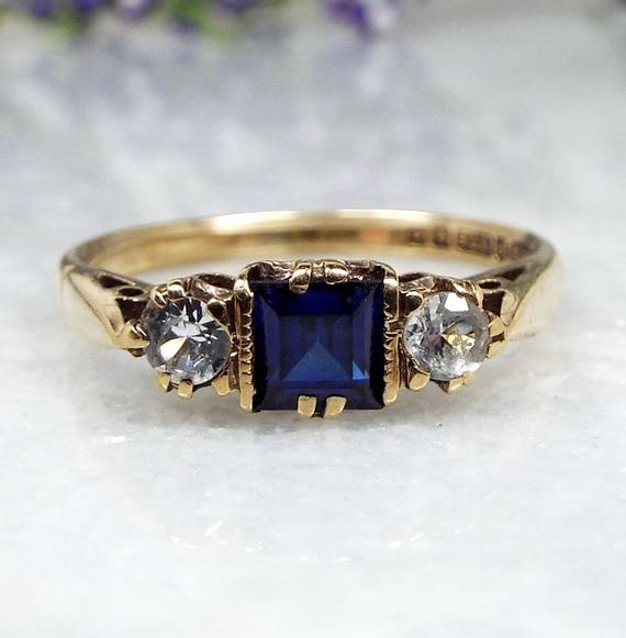 Vintage 1963 9ct Yellow Gold Blue Sapphire & White Spinel Trilogy Ring / Size P