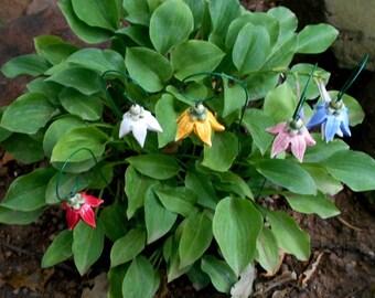 Ceramic flower on wire stick