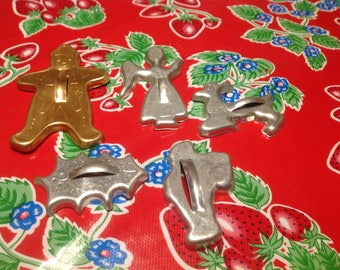 Vintage set of 5 metal  cookie cutters