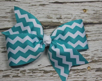 NEW White Grosgrain Ribbon with Tropical Blue Chevron Boutique Hair Bow on Lined Alligator Clip