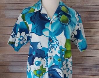 Vintage Barkcloth Hawaiian Surfer Shirt Blue/Green Mens Small, Womens Medium