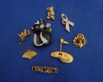 Lot Of 8 Vintage Avon Brooches,Avon Skunk Pin,Avon Irish Pin,Avon Ribbon Pin,Avon Bear Pin,Avon Golf Pin,Avon Fan Pin,Avon Flower Bar Pin