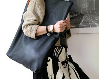 """Oversized leather bag """"Camera Obscura"""""""