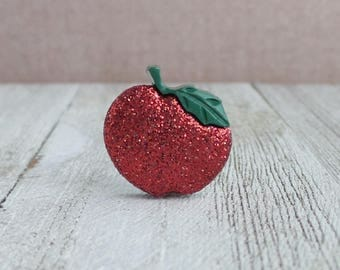 Red Apple - Teacher - Fruit - Gift Idea - Lapel Pin