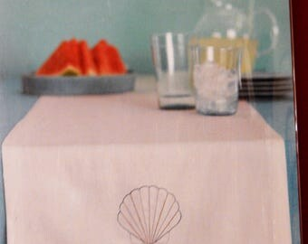 Martha Stewart Crafts easy to stitch table runner kit with embroidered scallop shell Unopened