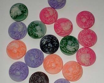 X 4 cameo Cabochons mix color 15mm