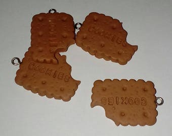 X 1 Biscuit cookie chewed fimo