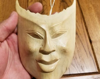 """Hand-Carved Wood Mask from Bali, Indonesia! Wall Art decor! Wood Carving 5.5"""" (A6)"""
