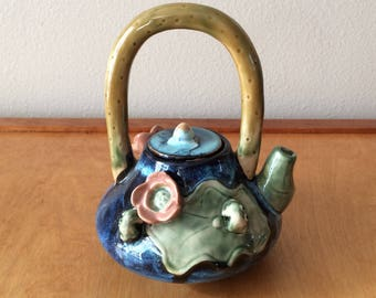 Pottery Art Teapot - Frogs and Lily Pads - Clay Sculpture