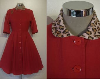 "Fantastic 1950s full skirted Lucy dress w/leopard collar waist 28 1/2"" its red!"