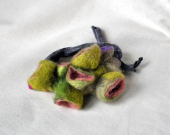 """bracciale in feltro """"fiori di primavera"""" handmade"""
