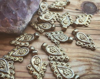 Charm Brass 5/10/20 PC Tribal brass charm 22 mm art supplies metal beads bohemian metal charm Antique Brass artofgoddess