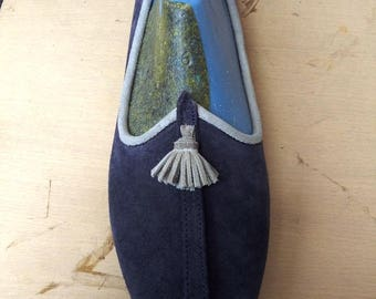 Handcrafted leather shoe