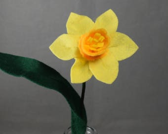Artificial Flower - Daffodil, Fake Flower, Felt Flower, Yellow Flower, Fake Daffodil, Easter Flower, Spring Flower, Artificial Daffodil