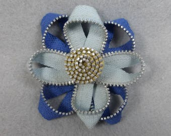 Blue Flower Brooch, Zipper Brooch, Blue Brooch, Blue Pin, Zipper Pin, Zipper Art, , Flower Pin, Upcycled, Recycled, Repurposed, Blue zipper