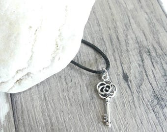 Dainty Necklace, Key Necklace, Skeleton Key, Key Charm, Pendant Necklace, Charm Necklace, Great Gift, Gift For Girlfriend, Vintage Key