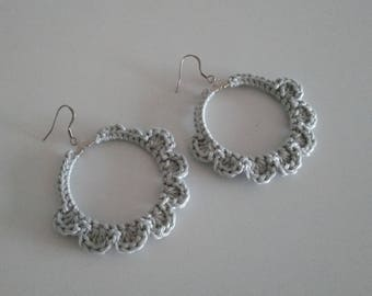 Romantic earrings crochet with beads - color Pearl Grey