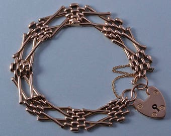 9ct Rose Gold Victorian Gate Bracelet With A Heart Padlock (3060)