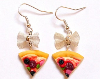 Delicious earrings, pizza and bow