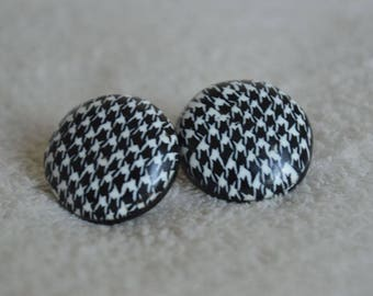 Houndstooth black and white vintage inspired studs/studs