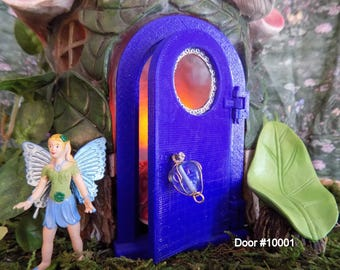 Sky and Sun working door for your miniature guests