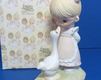 Precious Moments 1978 Make a Joyful Noise Figurine