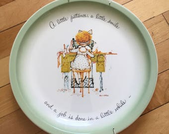 Vintage 1980s Holly Hobbie Patience Collector Plate!