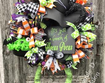 Hocus Pocus Decor, Hocus Pocus Wreath, Witch Wreath, Black Cat Wreath, Witch Decor, Halloween Wreath, Halloween Decor, Witch Legs Wreath