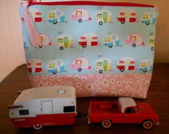 Small Zippered Bag with Vintage Trailers Print