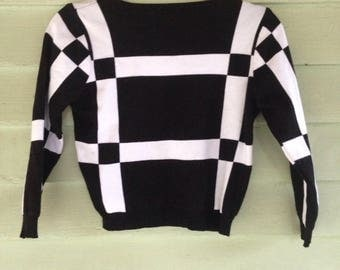 Black and White Geometric 80's Crop Pullover Sweater