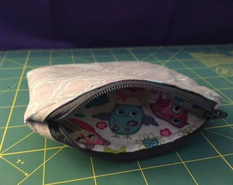 Peek-A-Boo SURPRISE inside Owl Pattern Zip Pouch/Coin Purse