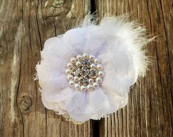 White Flower Hairclip/Hair Accessory/Girls Accessory/Wedding Flowers/Flower Headband/Spring Flower/Baby Girl Hairclip/White Lace Flower