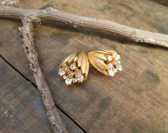 vintage bsk gold tone clear marquise and round cut rhinestone clip earrings