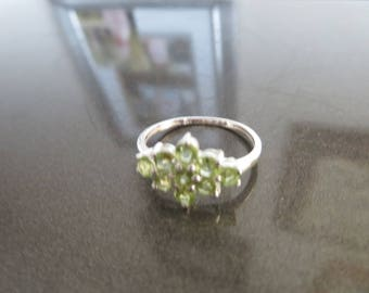 Handcrafted Genuine Natural Peridot Dainty 925 Sterling Silver Floral Design Ring Size 8, Wt. 1.6 Grams