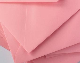 "25 4x6 Flamingo Pink Envelopes C6 Pink Envelope ideal for wedding invitations/card making/craft True Size 4.1/2 x 6.3/10"""