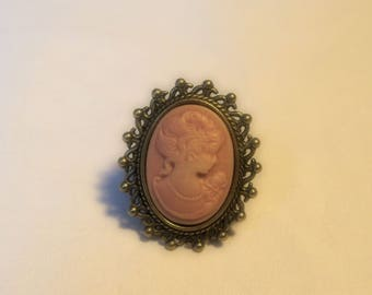 Ring vintage old cameo Victorian pink adjustable bronze metal hand