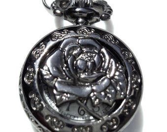 Supplied with 2.5 cm rose pattern pocket watch battery