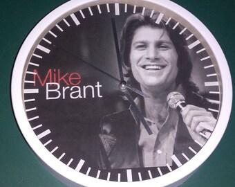 clock wall decor Mike Brant