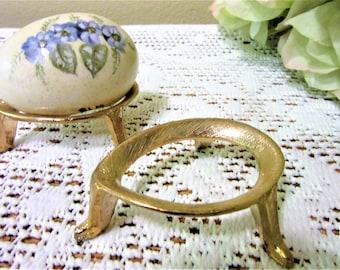 Brass Egg Stand Gold Holder Oval Display Easter Art Vintage Metal Tone blm